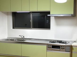 キッチンリフォーム 見た目も機能もすっきり明るく爽やかなキッチン