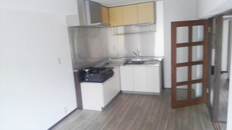 キッチンリフォーム お洒落で今風な内装で、新しい入居者様を募集!