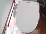 小工事タンクの故障も解決!汚れも付きにくくなったトイレ